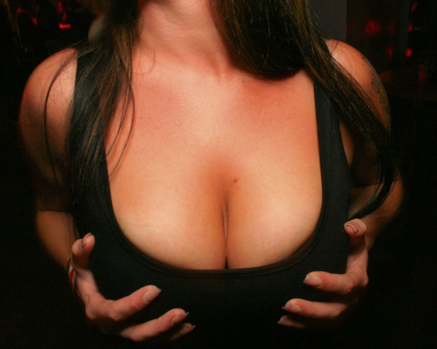 Big tits in Orlando nightclub.